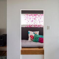 住まい/住宅/不動産/一戸建て/注文住宅/リノベーション/... リビングの一角にある1畳ほどの小上がりは…
