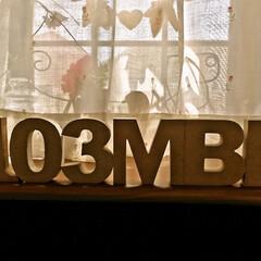 アルファベット/数字/コーナン/103MBL/ウッドレター 本当は、 この文字を並べて飾るのは とっ…