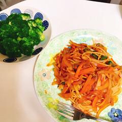 時短料理/パスタ/ナポリタン/シリコンスチーマー/ブロッコリー ナポリタン🍝 パスタはレンジで茹でる シ…