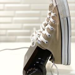 TWINBIRD くつ乾燥機 ブラウン SD-4546BR | ツインバード(衣類乾燥機)を使ったクチコミ「4台目の靴乾燥機w𐤔𐤔 やっぱりTW…」