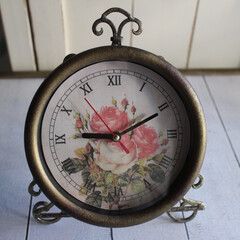 時計/キャンドゥ/100均一/シャビーシック/フレンチシック/ゴールド/... シャビーシックな壁掛け時計  100均シ…