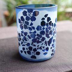 サンドブラスト/桜/リサイクルガラス/ブルー リサイクル瓶をカットしてグラスを作りまし…