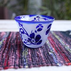 DIY/キャンドゥ/インテリアシート/板壁風/フレンチインテリア/リビング/... 江戸切子用のぐい呑グラスにアネモネを 彫…