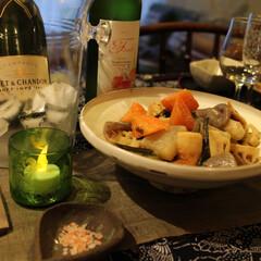 ワイン/家呑み/ホームパーティー/山菜/和食/笠間焼き/... 笠間の産直野菜の販売所で買ってきた 筍、…