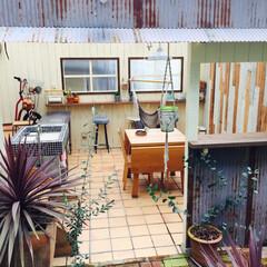 DIY/ガーデンライフ/スローライフ/アンティーク/ジャンク/タイル/... お庭にも家族の居場所を作りました❤︎ ご…