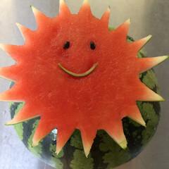 果物/スイカ/フォロー大歓迎/グルメ/スイーツ/わたしのごはん 太陽のスイカ 春通り越して夏先取り😊😂