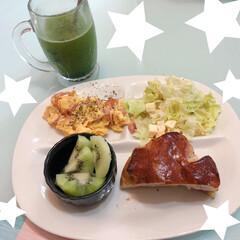 おうちごはん/住まい/キッチン/フード ☆朝ごはん☆  久しぶりに家で食べる、朝…