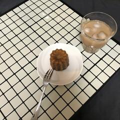 おうちカフェ/フランス菓子/カヌレ/スイーツ お友達からいただいた「カヌレ」 フランス…