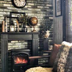 地球儀/マントルピース/暖炉型ヒーター/暖炉型ファンヒーター/フェイクグリーン/インダストリアルインテリア/... 10月に入ったので今年も暖炉型ファンヒー…