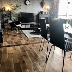 クッションフロア/床貼り替え/団地DIY/団地インテリア/インダストリアルインテリア/男前インテリア/... 前からやりたかった床の貼り替えをしました…