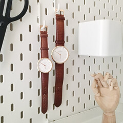 IKEA/イケア/有孔ボード/腕時計収納/モノトーン 夫婦で愛用しているペアウォッチです。腕時…