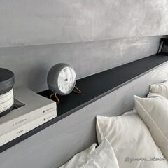 DIY/ペンキ/モルタル風/モルタル壁/主寝室 主寝室のアクセントウォールのニッチ部分は…