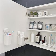 IKEA/洗面所収納/歯ブラシホルダー/洗面所/歯ブラシ収納/モノトーンインテリア/... アイデアにIKEAの歯ブラシホルダーの話…