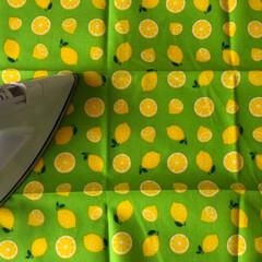 インテリアDIY/DIY/インテリア雑貨/ファブリックパネルDIY/ファブリックパネル手作り/ファブリックパネル/... 【☆写真の説明☆】 ①材料 全て100均…(4枚目)