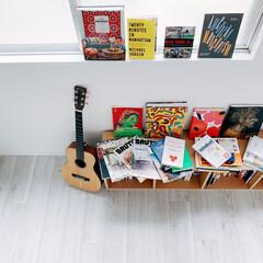アート/雑誌/ギター/DIY/雑貨/インテリア/... 寝室は元々2部屋あったところを1部屋にリ…