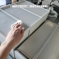 キッチン収納/キッチン収納棚/整理整頓/洗って使えるペーパータオル/アルカリ電解水/キッチン背面収納の拭き掃除/... こんばんは🌃 . . 今日のこそうじは、…(6枚目)