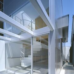 名古屋/エキスパンドメタル 室内と連続するテラス。