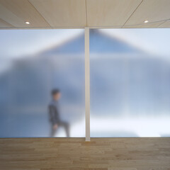 名古屋/クリフローリング/フロストガラス フロストガラスを通した淡い光で満たされた…
