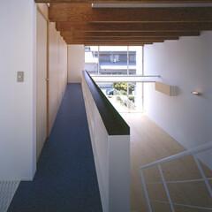 豊川市/スプルス/リノリウム 2階床と主室床のコントラスト。