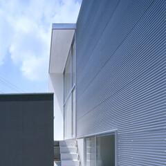 豊川市/アルスター鋼板/キューブ シンプルモダン、キュービックな外観。