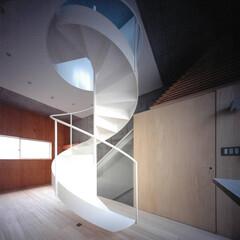 大井町/螺旋階段/桐フローリング/狭小 桐フローリングと螺旋階段。
