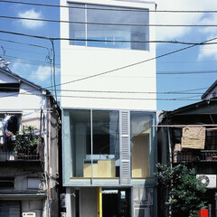大井町/狭小/店舗併用/屋上テラス 最上部の大開口はバスルーム上部。