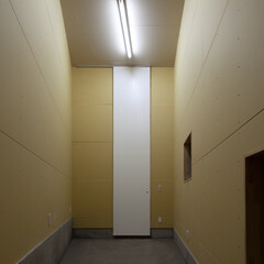 亀戸/狭小/三角形/高い天井 天井高4味状の倉庫。