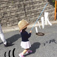 子供/お散歩/お絵かき/手作り/工作/こいのぼり 手作りのこいのぼりを持って、まさかの人や…