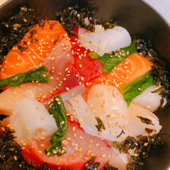 リクエストメニュー/海鮮丼/夕飯 今晩の夕飯はリクエストメニューの海鮮丼🍣