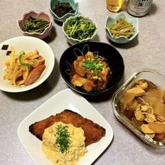 山菜/晩酌/作り置き/おうちごはん/簡単/暮らし/... 晩酌ご飯です。 買ってきた白身魚のフライ…
