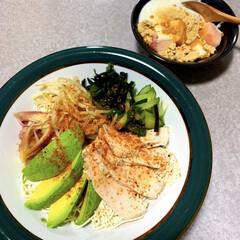 豆腐そうめん風/ダイエット食/お昼ご飯/低糖質/ランチ/簡単/... お昼ご飯。 豆腐そうめん風にトッピング色…