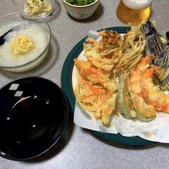 晩酌/夜ごはん/暮らし お休みの日の晩酌ご飯。天ぷらです!濃いめ…