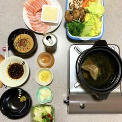豚しゃぶ/鍋/作り置き/晩酌/おうちごはん/簡単/... 晩酌ご飯です。 おろし生姜入り豚しゃぶ鍋…