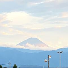 ダイソーアイテム/ダイソーパトロール/ダイソー大好き/新発売アイテム/近所のダイソー 今日と昨日の富士山です😊  (2枚目)