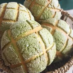 はじめてフォト投稿/メロンパン/パン/手作りパン/菓子パン/抹茶/... 抹茶メロンパンを焼きました。 ちょっとほ…