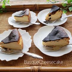 手作りお菓子/BasqueCheesecake/チーズケーキ/おかし作り/最近流行り/バスクチーズケーキ/... 私のお気に入りスイーツを紹介します (*…