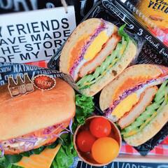 萌え断/わんぱくサンドイッチ/わんぱくサンド/コストコ/お花見弁当/デリ弁当/... わんぱくサンド〜‼️ 顎外して召し上がれ…