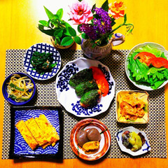 器のある暮らし/器好き/和食/おうちごはん/家庭料理/晩御飯/... こんばんは😃🌃  ご無沙汰しております。…