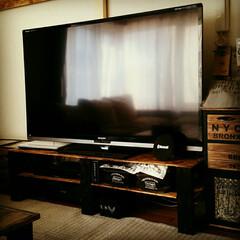 男前風/テレビボード/2×4材/OSB合版/100均/セリア/... 我が家のテレビボード。 2×4材とOSB…