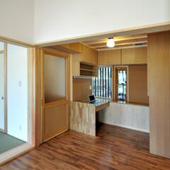 書斎/コンパクト/収納/家づくり/不動産・住宅/SOHO  広くて天井の高いリビングに隣接する書斎…