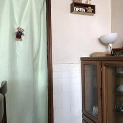 発泡スチロール/腰壁 家が古いため冬は、下からの冷気が悩みでし…