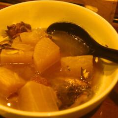 幸せ/わたしのごはん/煮物 仲間と食べた煮物です ぶり、大根など 熱…