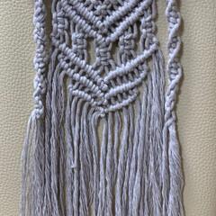転び防止小枝/マクラメ編み/ダイソー/100均/雑貨/ハンドメイド/... 本日のマクラメ編み 少しはマシになったか…