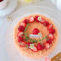 sweets/Cafe/cake/STRAWBERRY/手作りスイーツ/手作りケーキ/... 🍓いちごムースケーキ  いちごムースにジ…(2枚目)