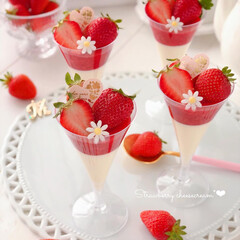 cheesecake/おうちカフェ/Cafe/cake/STRAWBERRY/sweets/... 🍓苺チーズクリーム  簡単でとっても美味…