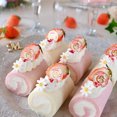 STRAWBERRY/Cafe/cake/sweets/いちごスイーツ/手作りおやつ/... 🍓ミニロールケーキ  おnewのケーキス…(3枚目)