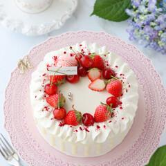 ショートケーキ/さくらんぼ/お菓子作り/STRAWBERRY/cake/Cafe/... 🍓デコレーションケーキ  この時季の貴重…(2枚目)
