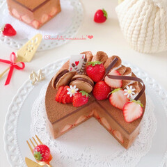 STRAWBERRY/chocolate/Cafe/cake/sweets/LIMIAスイーツ愛好会/... 🍫生チョコムースケーキ  遠くにいるお友…
