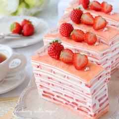 お菓子作り/STRAWBERRY/crepe/Cafe/cake/sweets/... 🍓ストロベリーチーズミルクレープ  チー…(1枚目)