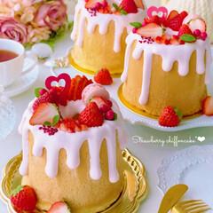 STRAWBERRY/Cafe/cake/sweets/手作りデザート/手作りおやつ/... おすそ分け用に 12㎝サイズのシフォンケ…